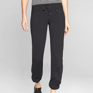 Athleta Metro Slouch Pants size XS Black